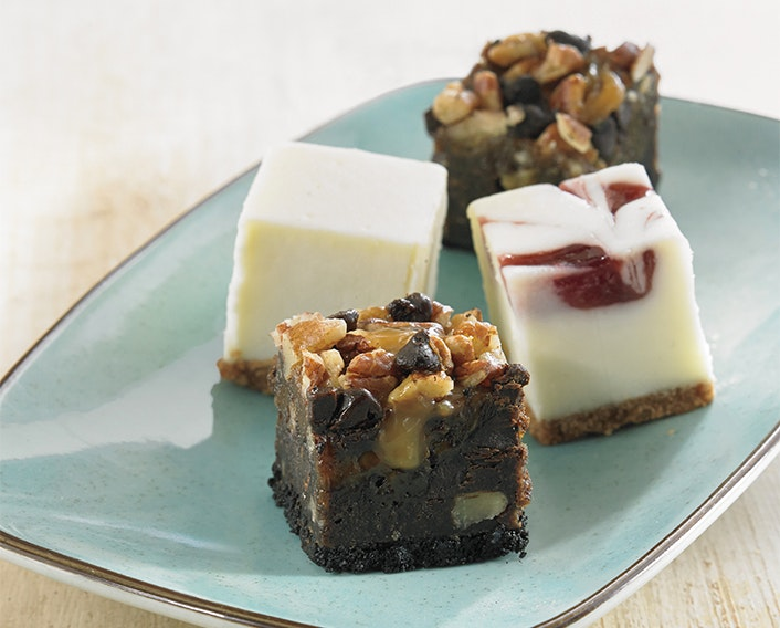 Signature™ Cheesecake and Brownie Miniatures
