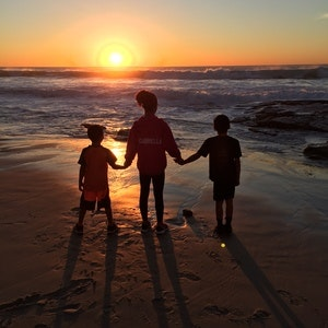 1478443279lajolla_beachsunset_kids