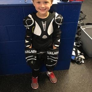 Keaton Jones Fundraising >> Bulldog Youth Hockey Association 2017-18 | SCHWAN'S CARES™